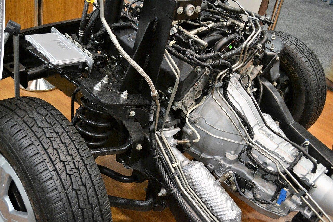 Na co zwracać uwagę szukając części do samochodu?