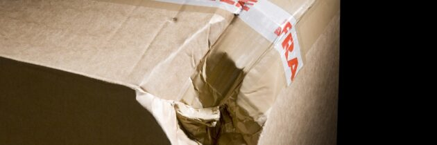Co zrobić, gdy odkryliśmy, że przesyłka kurierska jest uszkodzona?